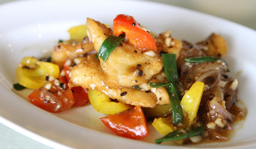Fisch-Gemüsepfanne mit Kokosmilch
